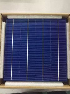 18.2% Poly Solar Cell for 315W Solar Panel pictures & photos