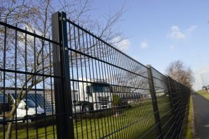 2015 Hot Popular Type Europe Security Fence Systems pictures & photos