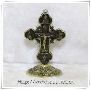 Christian Figurine Alloy Cross Religious Jesus Standing Crucifix (IO-ca097) pictures & photos