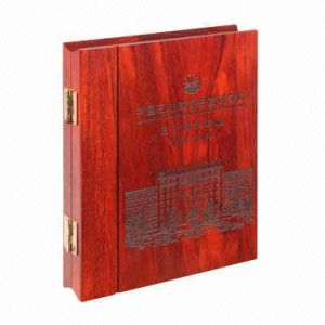 A5 Size Album with Laser Carving Wooden Covers pictures & photos