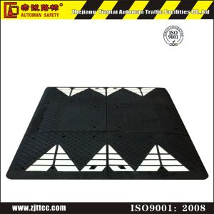 Black Rubber Road Crossing Safety Cushion (CC-B68) pictures & photos