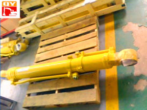 Hydraulic Cylinder for Hyundai Excavtor R210-9 pictures & photos