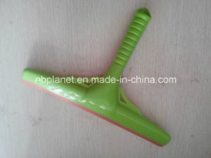 New Type Plastic Window Squeegee pictures & photos