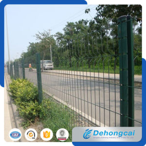 Trade Assurance Reinforcing PVC Coated Welded Wire Mesh Highway Fence pictures & photos