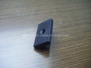 High Quality WPC Products Parts Plastic Clip for Floor / Tile pictures & photos