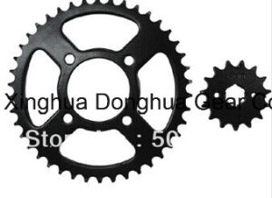 Gn125 Sprockets Sets, Motorcycle Sprocket Set, Rear and Front Sprockets pictures & photos
