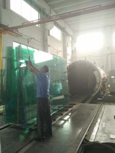 6.38mm/8.38mm/10.38mm Clear/Color Laminated Safety Glass pictures & photos