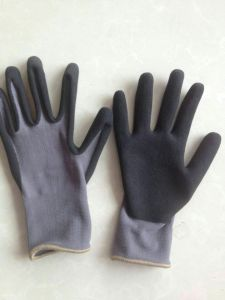 15g Nylon Shell Nitrile Foam Coated, Protective Safety Work Gloves (N6023) pictures & photos