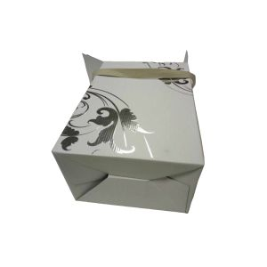 Siliver Foil Stamping Corrugated Wine Box with Embossed Logo pictures & photos