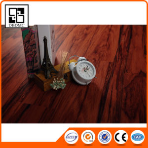 Luxury Plastic PVC Flooring/Vinyl Floor Planks pictures & photos