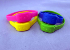 Waterproof Anti Insect Mosquito Repellent Silicone Bracelet pictures & photos