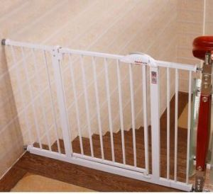 Hot Selling Assembled Plastic Pet Barrier pictures & photos
