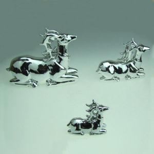 Ceramic Milu Deer Sculpture for Christmas Decor pictures & photos