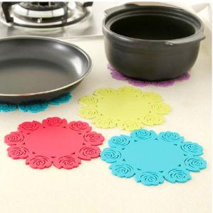 Rose Design Silicone Dishware Mat pictures & photos