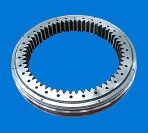 Standard Series Kd320 Bearings with Internal Gear Slewing Bearing 012.25.1360.600.11.1503 pictures & photos