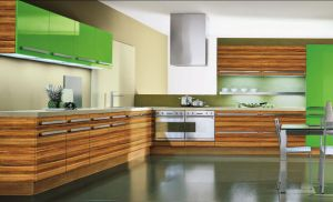 Modern Woodgrain High Glossy Kitchen Cabinet (modern) pictures & photos