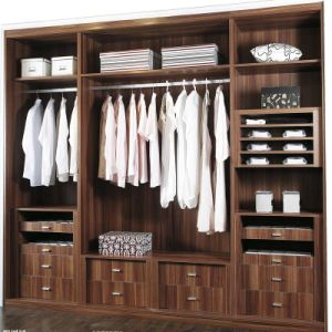 3 Swing Doors Brown Lacquer Wooden Wardrobe pictures & photos