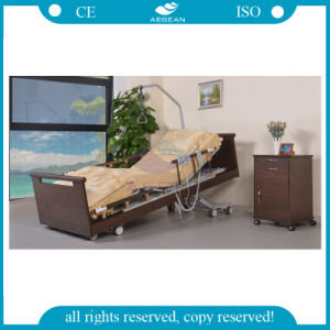 AG-W001 Advanced 5-Function Linak Motors Wood Homecare Bed pictures & photos