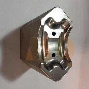 Custom CNC Metal Fabrication /Anodized Aluminum CNC Machining (MQ686) pictures & photos