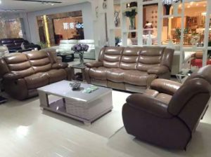 Brown Color High Quality Electric Type Leather Recliner Sofa (Y996-2) pictures & photos
