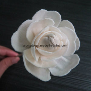 Handmade White Aroma Diffuser Sola Wood Flower (SF119) pictures & photos