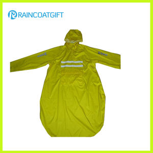 Unisex Long Sleeve Polyester PVC Raincoat (RPY-044) pictures & photos