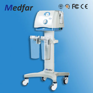 Hot Sell Surgical Use Mobile Vacuum Suction Pump pictures & photos