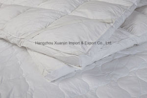 Thick Soft 100% Nature Feather Mattress Topper pictures & photos