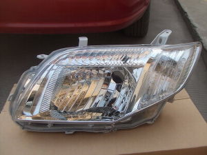 Head Lamp Corolla Axio/Fielder ′06