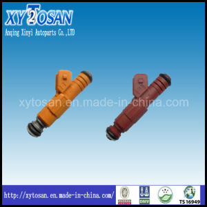 Fuel Injector for Volvo S70/S90/V70/850/960/C70 (BOSCH: 0280155746/0280155759) pictures & photos