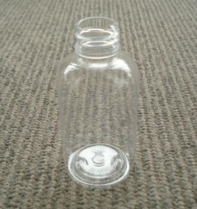 70ml Transparent Cylinder Round Plastic Pet Bottle for Cosmetic Packaging pictures & photos
