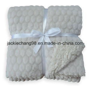 Cut Flower Design Coral Fleece and Sherpa Reversible Baby Blanket pictures & photos