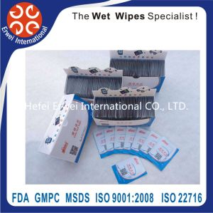 Disposable Lens/Glass/Screen Cleaning Wet Wipes/Towels/Tissues in Box pictures & photos