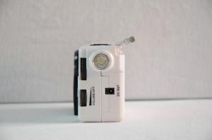 Portable Hand Crank Mini Radio pictures & photos