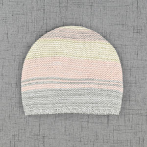2017 New Multicolor Acrylic Stripe Knitted Slouchy Girl Beanie pictures & photos