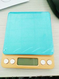 0.01g Mini High Precision Jewelry Weighing Scales Gold pictures & photos