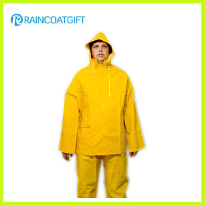 2PCS Yellow PVC Polyester Rain Suit Rpp-039 pictures & photos