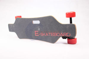 Newest 1800W Dual-Motor 4 Wheels Electric Moterized Skateboard with Remote Control pictures & photos