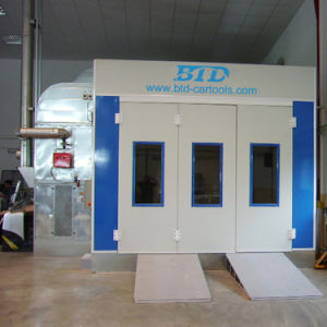 Btd Industrial Spray Booth Car Painting Equipment Painting Room pictures & photos