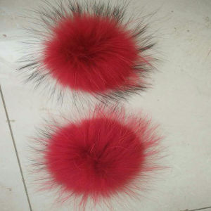 Handmade Colored Real Raccoon Fur POM POM pictures & photos