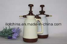 Ilot 1.5L Factory High Pressure Air Bottle Garden Sprayer pictures & photos