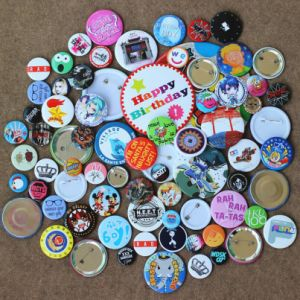 OEM Logo Promotion Multi Diameter Metal Color Paint School Company Party Collar Badge pictures & photos