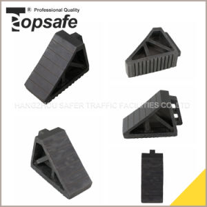 Black Rubber Car Wheel Chocks with Handle pictures & photos