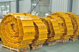 Undercarriage Parts Track Shoe for Excavator Spare Parts and Mining Equipment pictures & photos