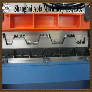 Deck Sheet Cold Roll Forming Machine pictures & photos
