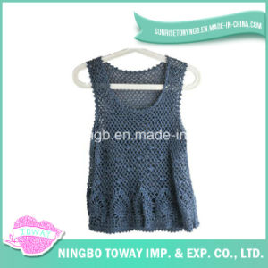 Top Beautiful Weaving High Fashion Hand Knitting Vest pictures & photos