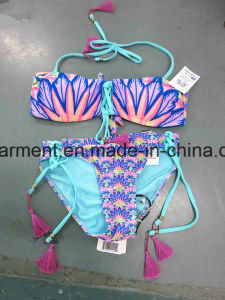 Tasseled Solid Printing Sexy Beachwear Bikini for Women Man/Girl, Swimming Wear pictures & photos
