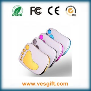 Travel Charger 8000mAh Power Bank with USB Cable pictures & photos