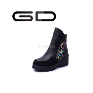 Factory Custom Made Women Boots Flat Heel Boots pictures & photos