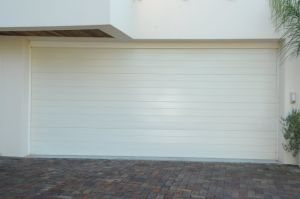 Garage Door --- Sectional Garage Door & Euro Ce Quality Certificate Garage Door pictures & photos